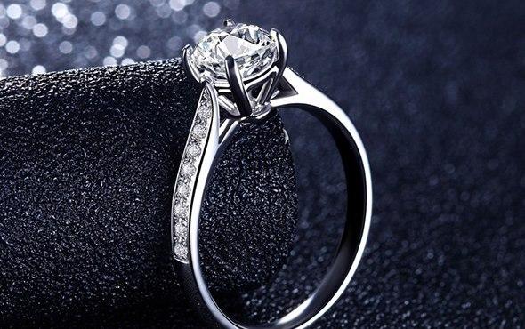 戒指各种不同的戴法有什么意义