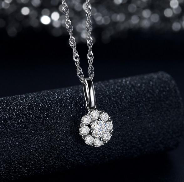 送女朋友钻石项链