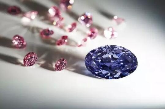 最大颗2.83克拉罕见紫钻
