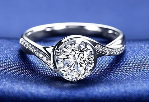 au750钻石戒指价格,