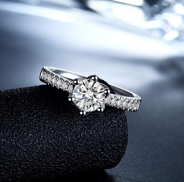 7万元能买多大的钻戒
