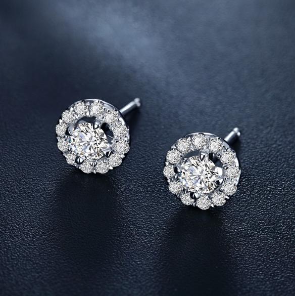 铂金钻石耳钉怎样挑选