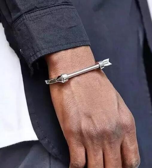 男生戴什么手链好看