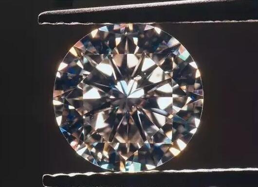 权威的钻石鉴定机构