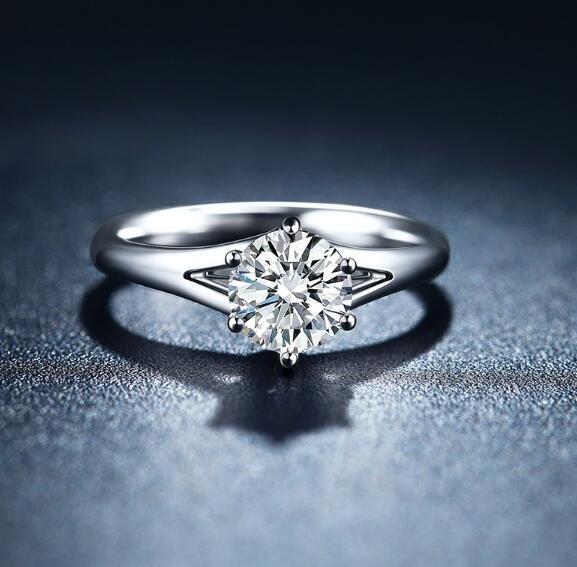 18K金钻石戒指多少钱