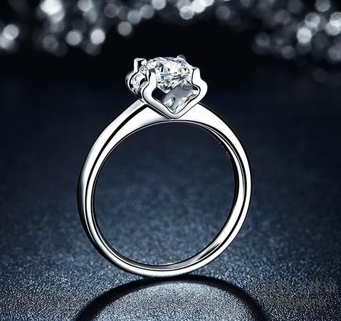 2017钻石戒指流行款式有哪些图片