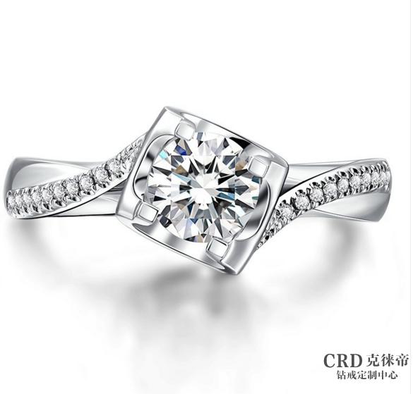 枕形钻石和圆形钻石区别在哪里
