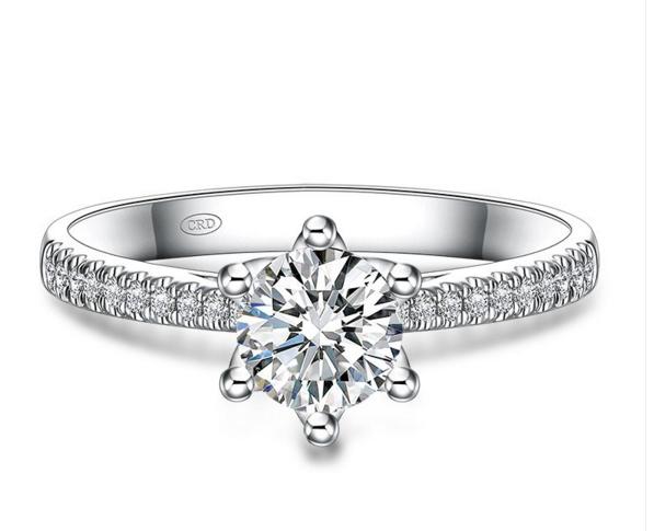 六式芬利尔-传承六爪镶嵌的经典皇冠造型,简约大气,戒托镂空立体设计更加显钻图片