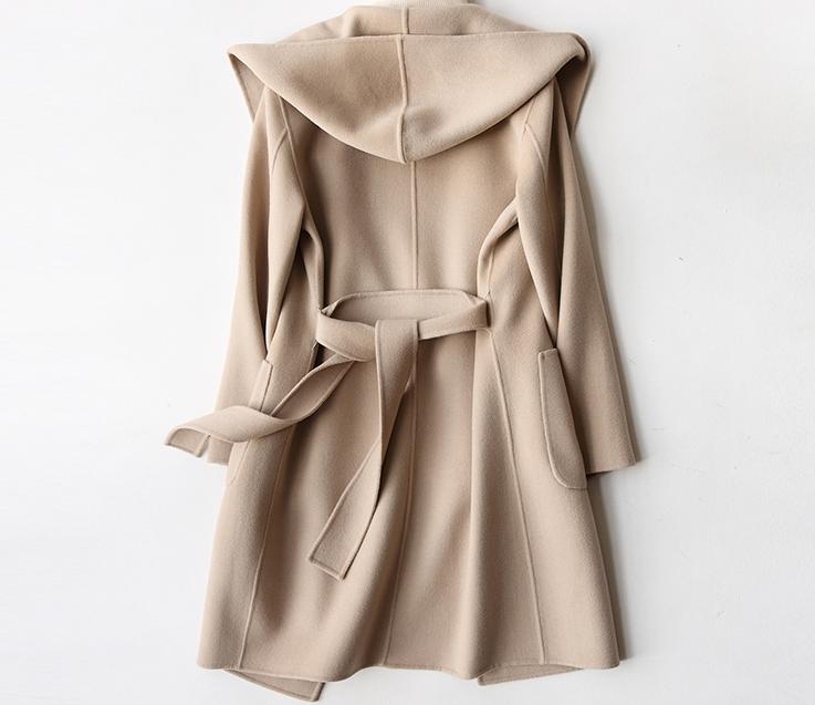 亚洲色囹?+??hm_名牌服装 hm衣服的专柜价格是多少  hm毛毡羊毛混纺大衣的颜色有米色