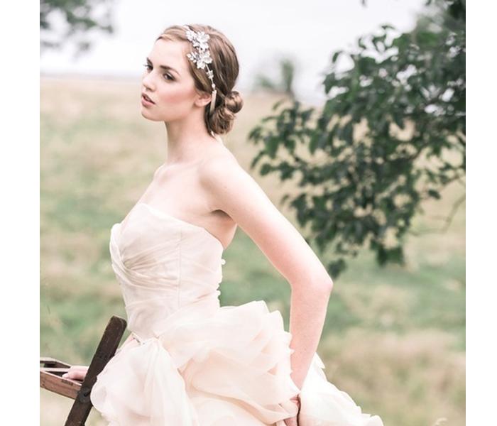 平胸的新娘穿什么婚纱好看