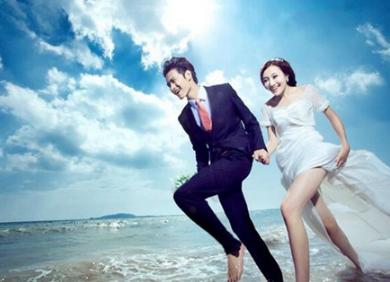 求婚学堂 结婚百科 婚纱婚照 三亚海边婚纱照欣赏  在大东海旅游区的