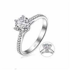 女王之冠  18K金群镶钻石戒指