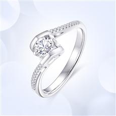 天使之吻豪华款 18K金钻石戒指