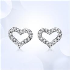 甜蜜心 18K金钻石耳钉