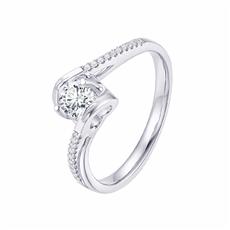 天使之吻豪華款 18K金鉆石戒指