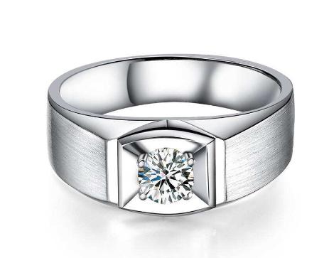 男款钻石戒指
