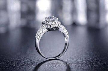 异形钻石戒指