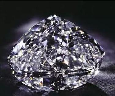 非洲之星_世界上最大最贵的钻石藏在 - CRD克徕帝珠宝官网