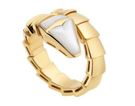 宝格丽蛇形戒指好不好