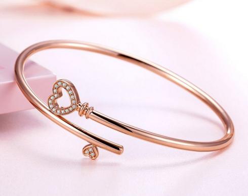 新款钻石手镯有哪些