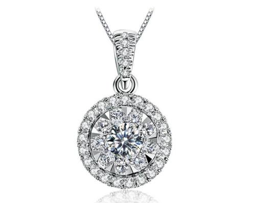圆形钻石吊坠怎么挑选