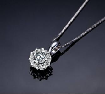 一条钻石锁骨链多少钱