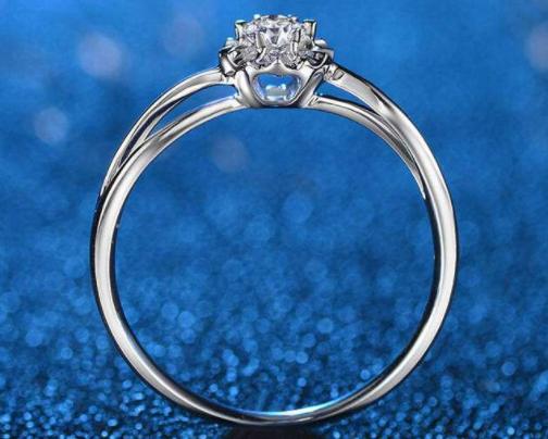 钻石戒托如何选择