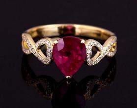 周大福红宝石戒指贵不贵