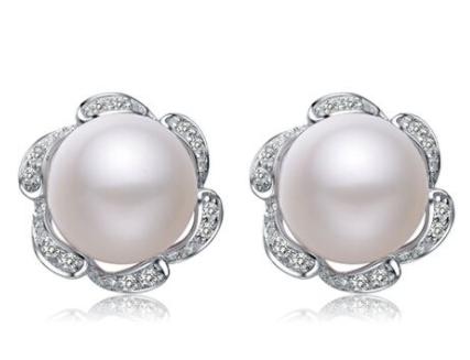 佩戴珍珠首饰的禁忌有哪些