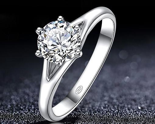 求婚钻戒和结婚钻戒的区别有哪些