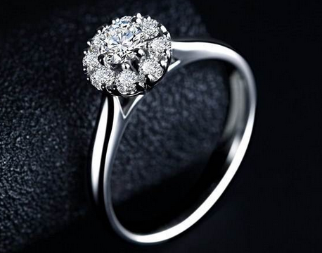 求婚和结婚是一个钻戒吗