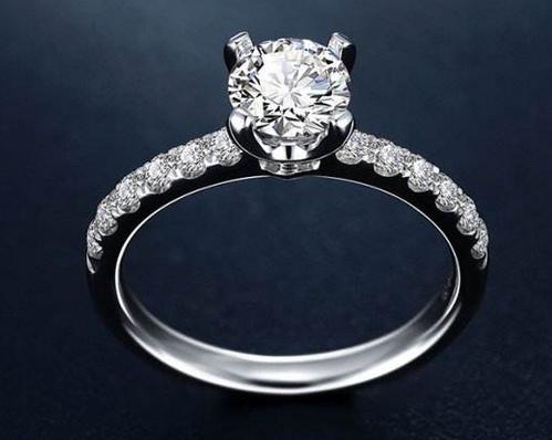 结婚戒指必须是钻戒吗