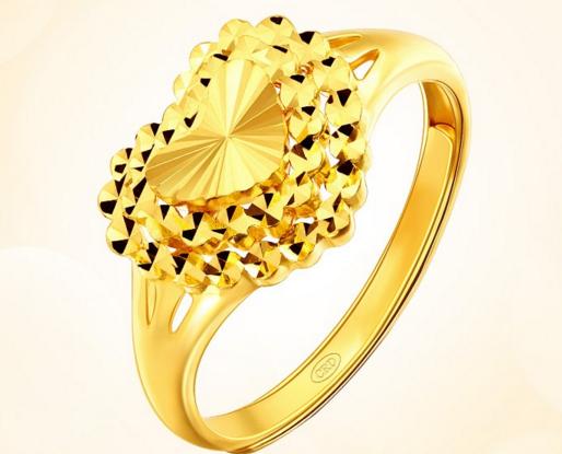 女士黄金戒指一般多少钱一个