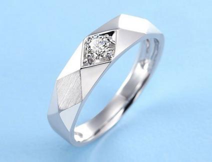 男士钻石戒指的价格查询
