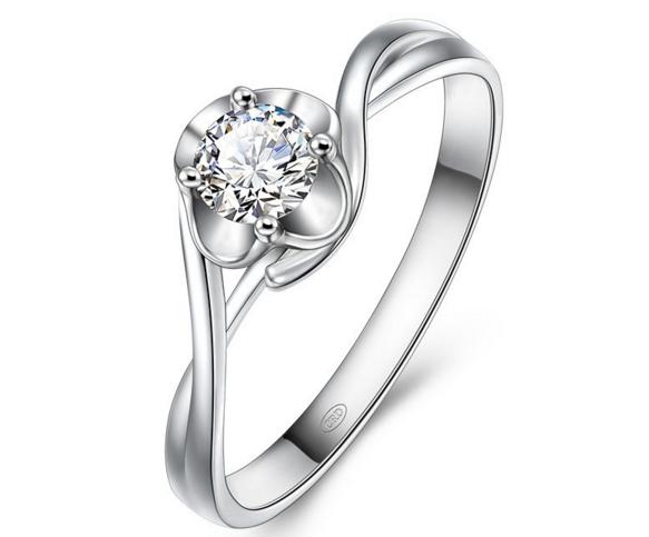 哪个品牌的钻石戒指价格便宜