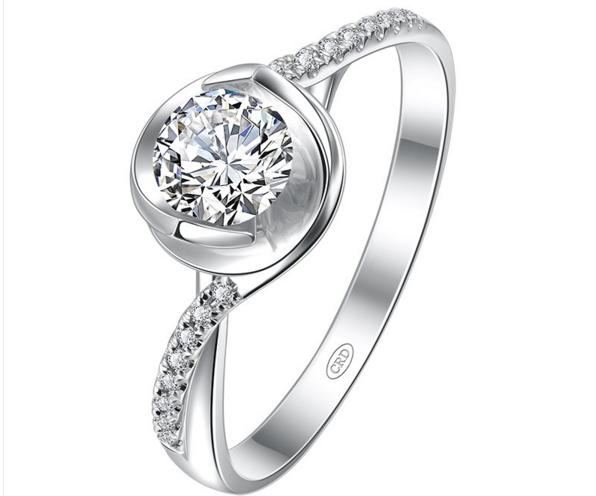 一克拉钻石戒指需要多少钱