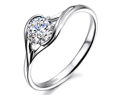 2克拉钻石戒指的价格一般是多少钱