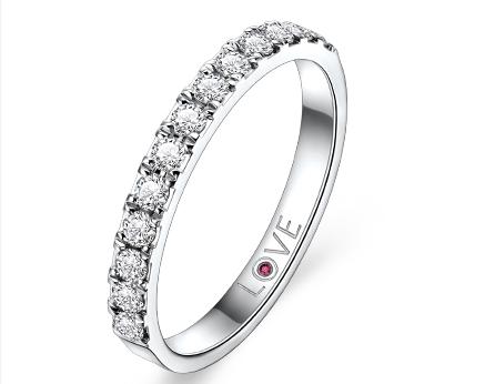白金戒指的价格贵不贵