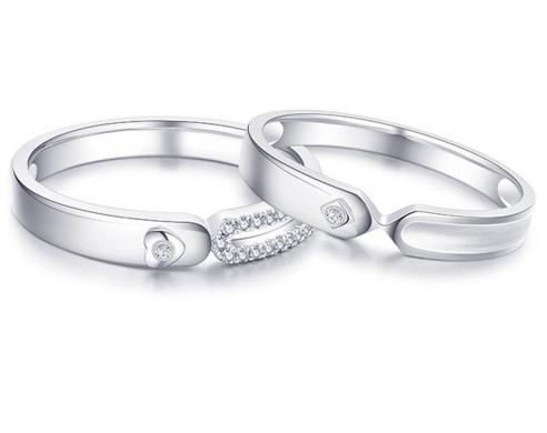 白金情侣戒指一般多少钱一对