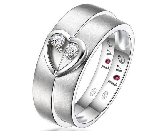 白金情侣戒指要多少钱一对