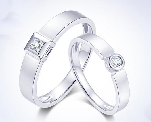 送情侣戒指什么牌子的好