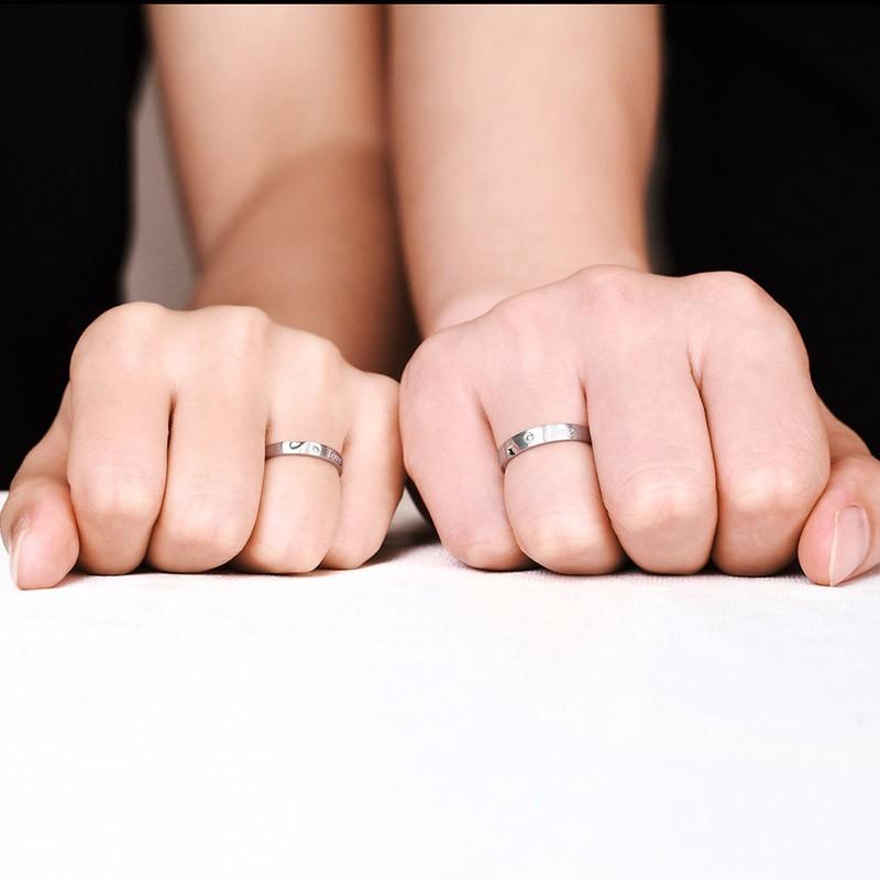 情侣戒指一般需要多少钱一对