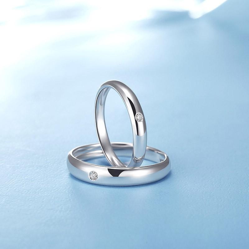 年轻情侣喜爱的情侣戒指款式——如初